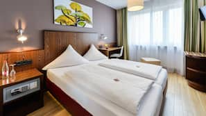 Pengeskab på værelset, skrivebord, gratis Wi-Fi, sengetøj