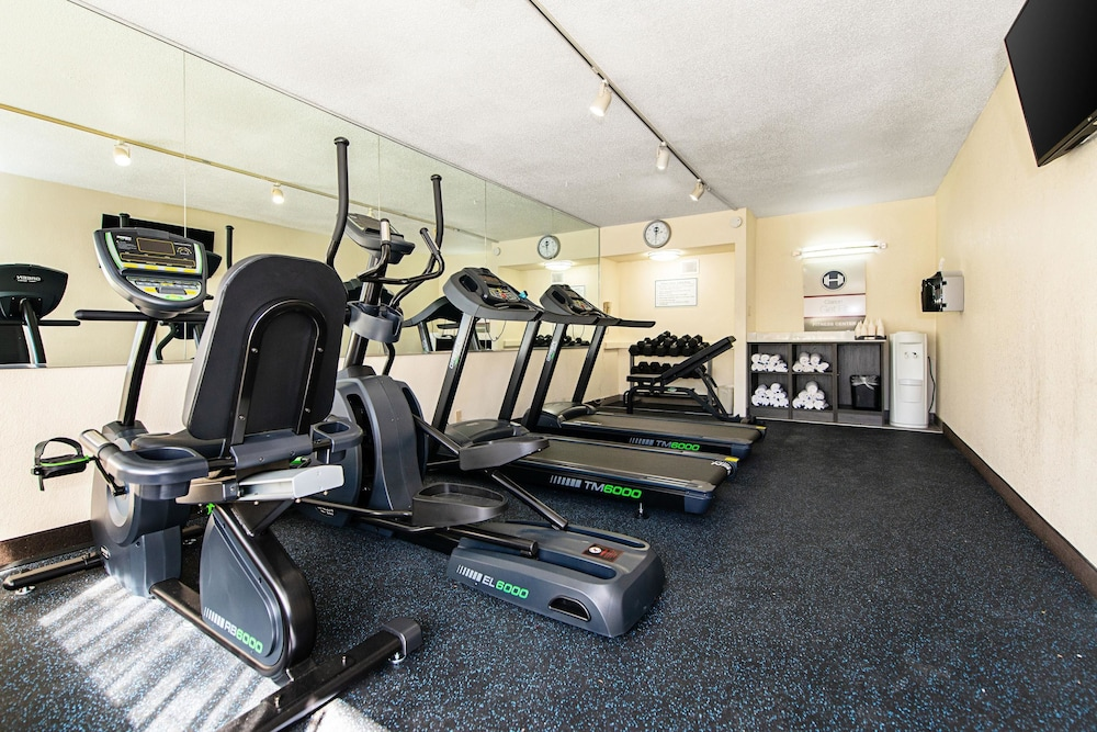 Fitness Facility, Clarion Inn & Suites New Hope-Lambertville