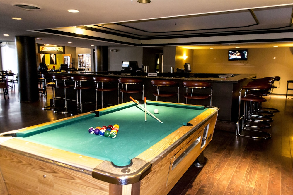 Sports Bar, Clarion Inn & Suites New Hope-Lambertville