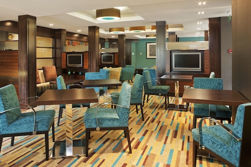 Crowne Plaza London- Gatwick Airport