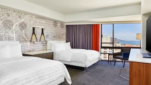 Frette Italian sheets, premium bedding, pillow-top beds, minibar
