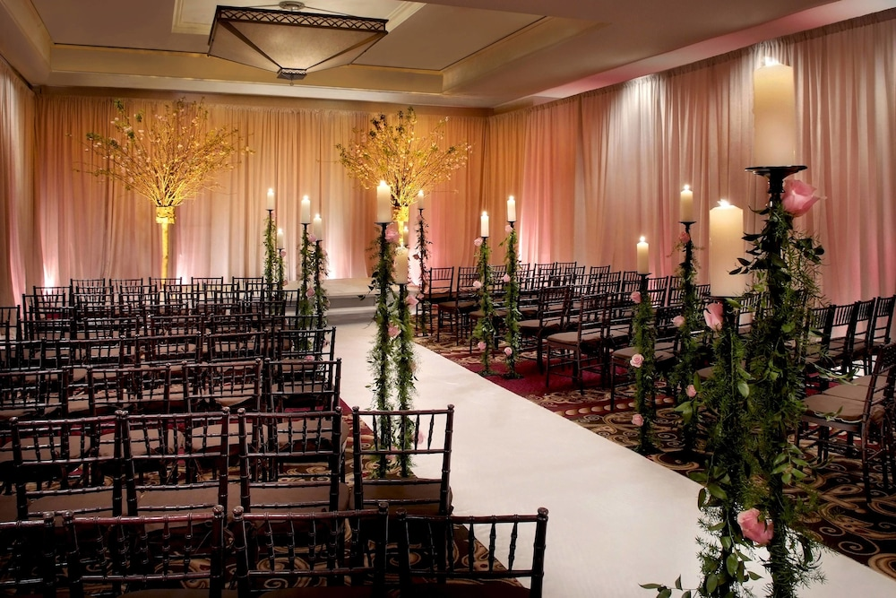 Indoor Wedding, New York Marriott Downtown
