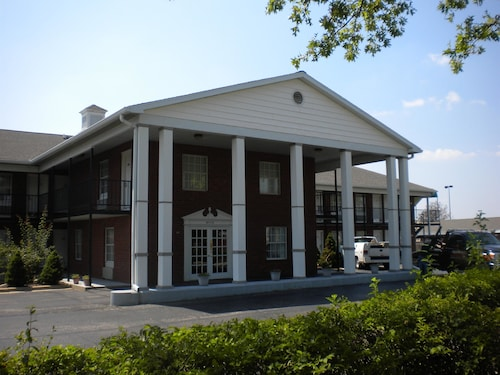 Check Expedia for Availability of First Heritage Inn Rantoul