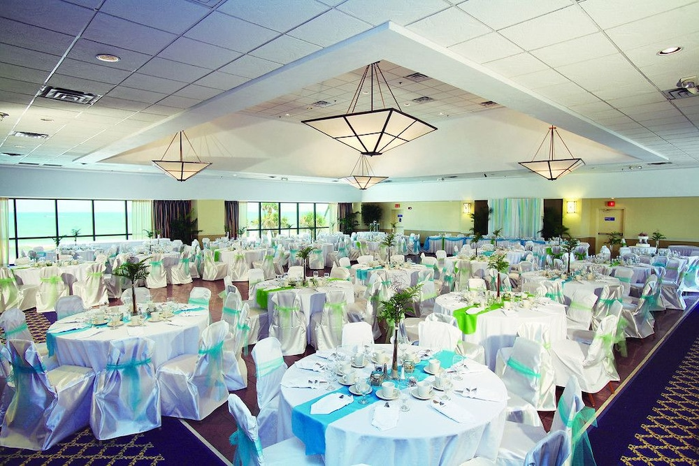 Indoor Wedding, Ocean Breeze Club Hotel