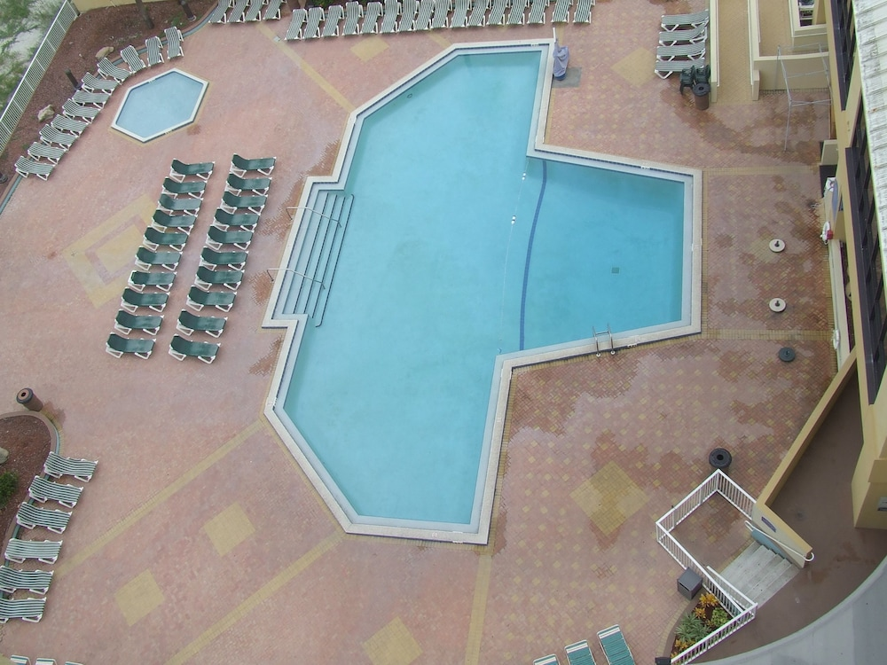 Pool, Ocean Breeze Club Hotel