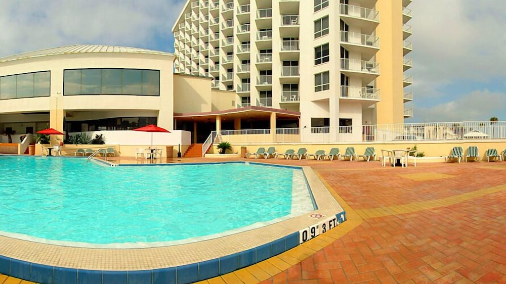 Outdoor Pool, Ocean Breeze Club Hotel
