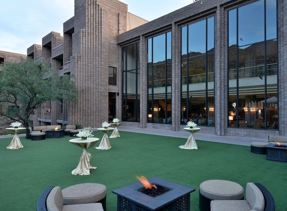 Outdoor Banquet Area, Loews Ventana Canyon Resort