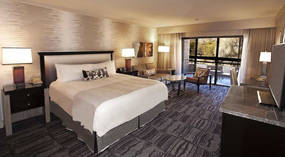 Room, Loews Ventana Canyon Resort