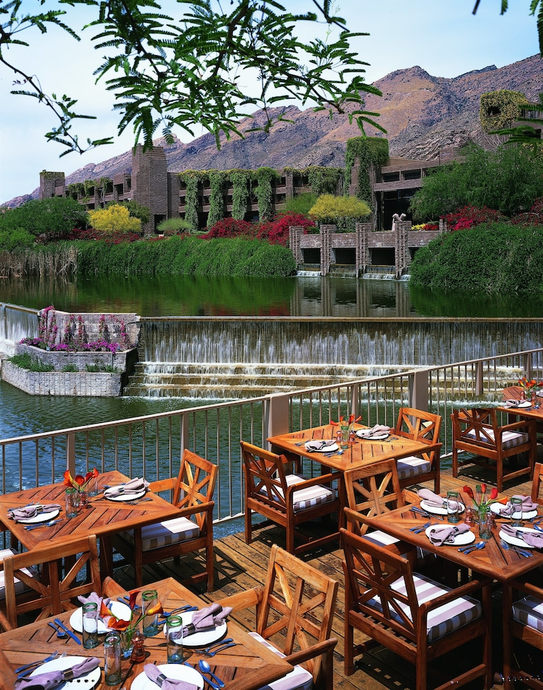 Outdoor Dining, Loews Ventana Canyon Resort