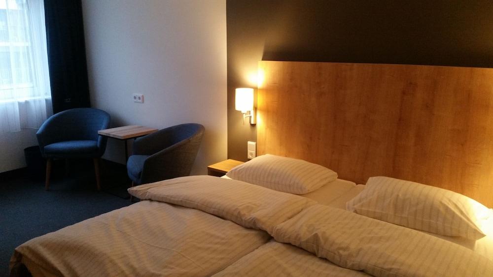 Egon Hotel City