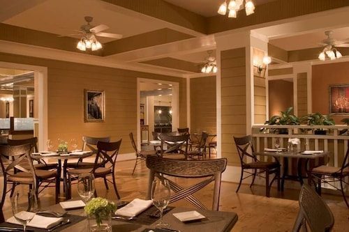 Restaurant, Hilton Orlando Lake Buena Vista - Disney Springs® Area