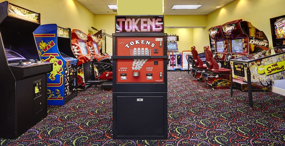 Arcade, Hilton Orlando Lake Buena Vista - Disney Springs® Area