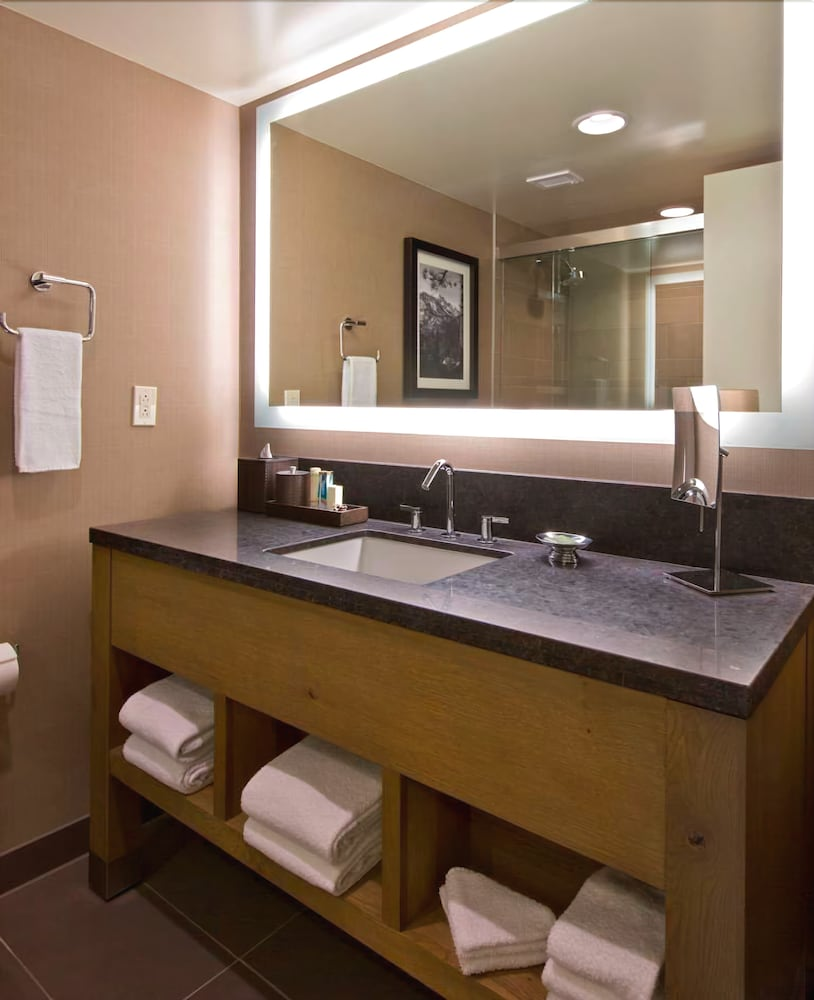 Bathroom Sink, Hyatt Regency Lake Tahoe Resort, Spa and Casino