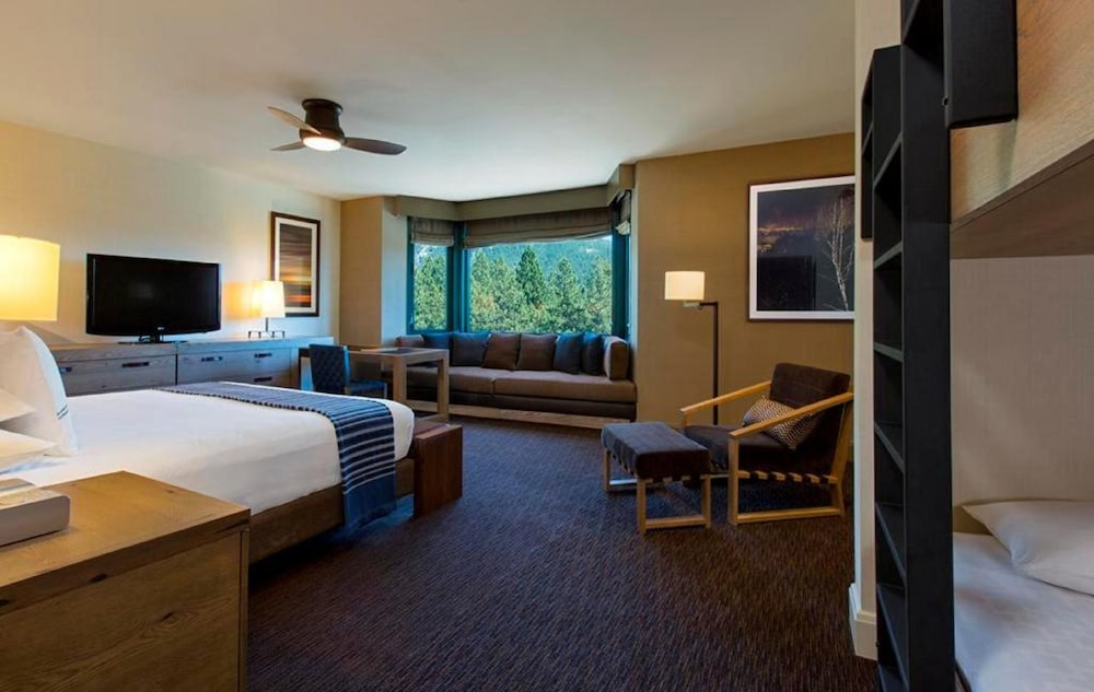 Room, Hyatt Regency Lake Tahoe Resort, Spa and Casino