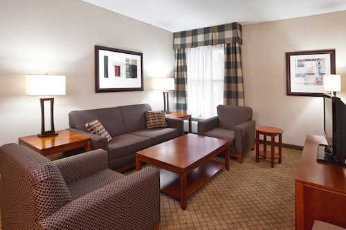 Holiday Inn Dayton/Fairborn Interstate 675, an IHG Hotel