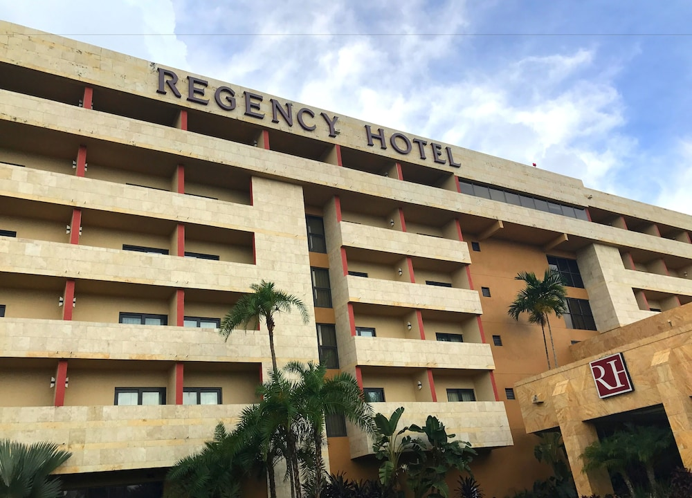 Regency Hotel Miami Reviews