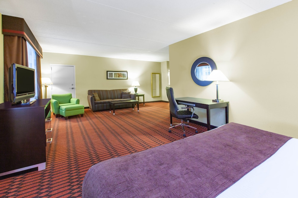 Room, Baymont by Wyndham Harrisburg