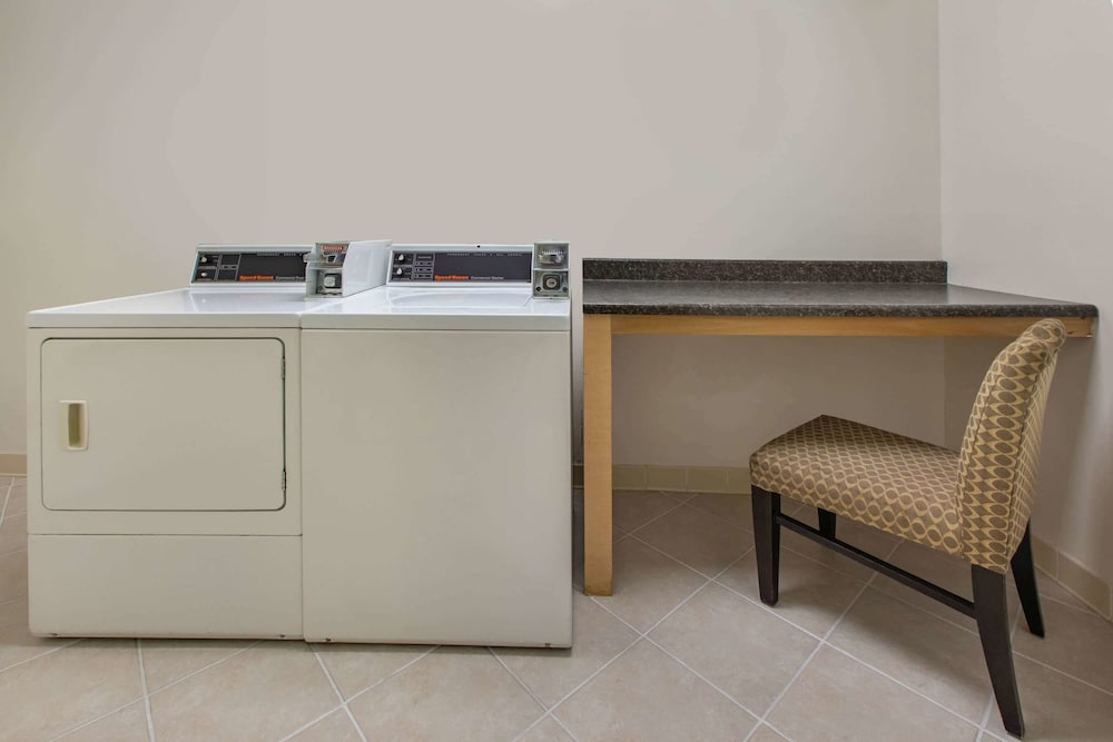 Laundry Room, Baymont by Wyndham Harrisburg