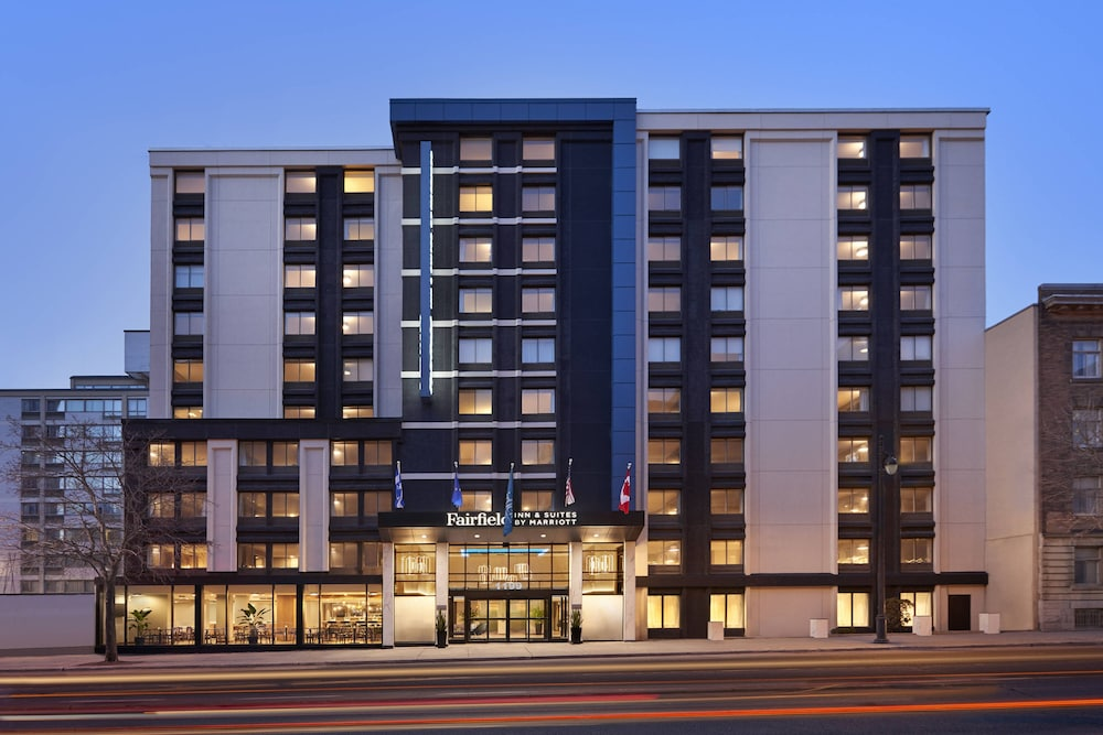Exterior, Fairfield by Marriott Montreal Downtown