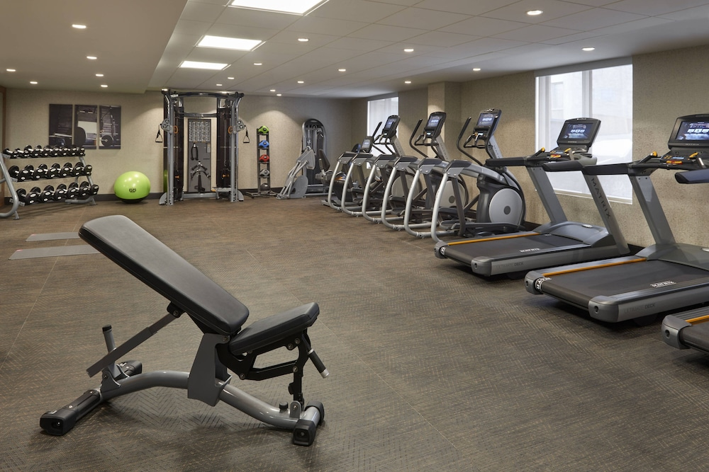 Fitness Facility, Fairfield by Marriott Montreal Downtown