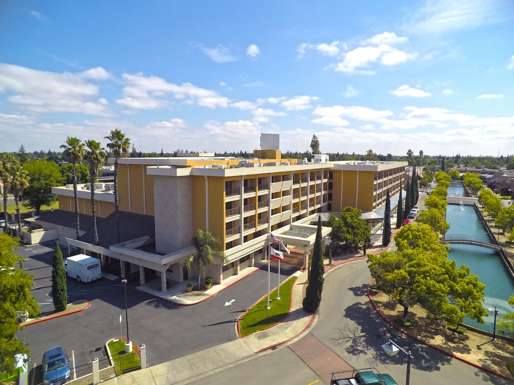 Aerial View, Hilton Stockton