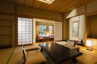 Japanese room with open air bath - Smoking