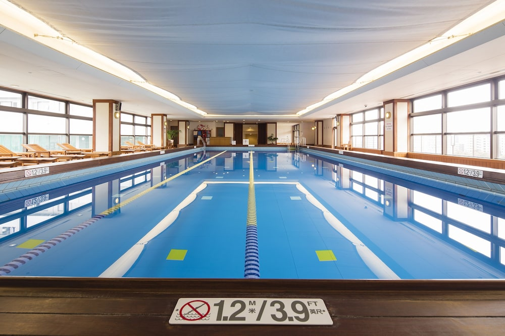 Indoor Pool, Kobe Bay Sheraton Hotel & Towers