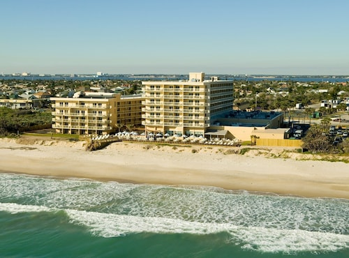 Crowne Plaza Hotel Melbourne - Oceanfront