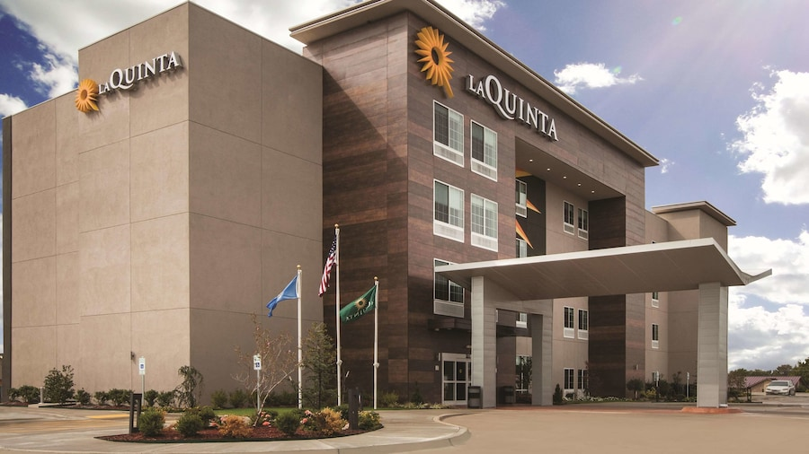 La Quinta Inn & Suites by Wyndham Mobile