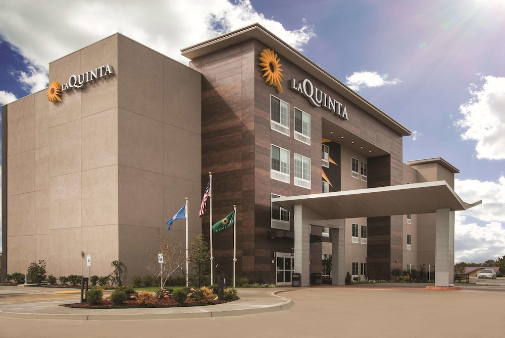 Featured Image, La Quinta Inn & Suites by Wyndham Mobile