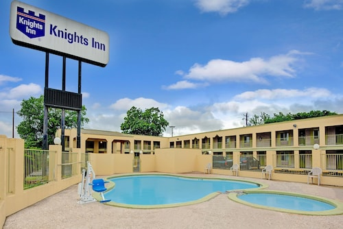 Great Place to stay Knights Inn - San Marcos near San Marcos