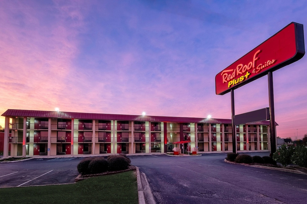 Exterior, Red Roof Inn PLUS+ Huntsville - Madison