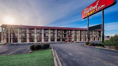 Red Roof Inn PLUS+ Huntsville - Madison
