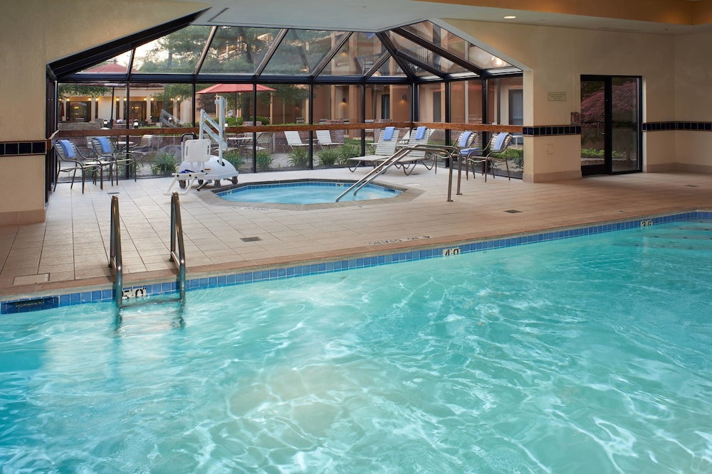 Indoor Pool, Courtyard by Marriott Lexington North