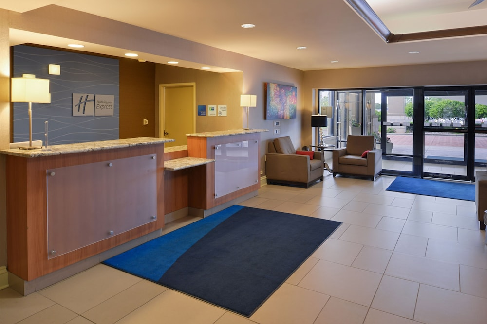 Holiday Inn Express Crestwood In Chicago | Hotel Rates U0026 Reviews On Orbitz