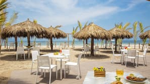Ubicación a pie de playa y toallas de playa