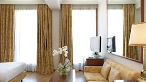 Minibar, in-room safe, blackout drapes, free WiFi
