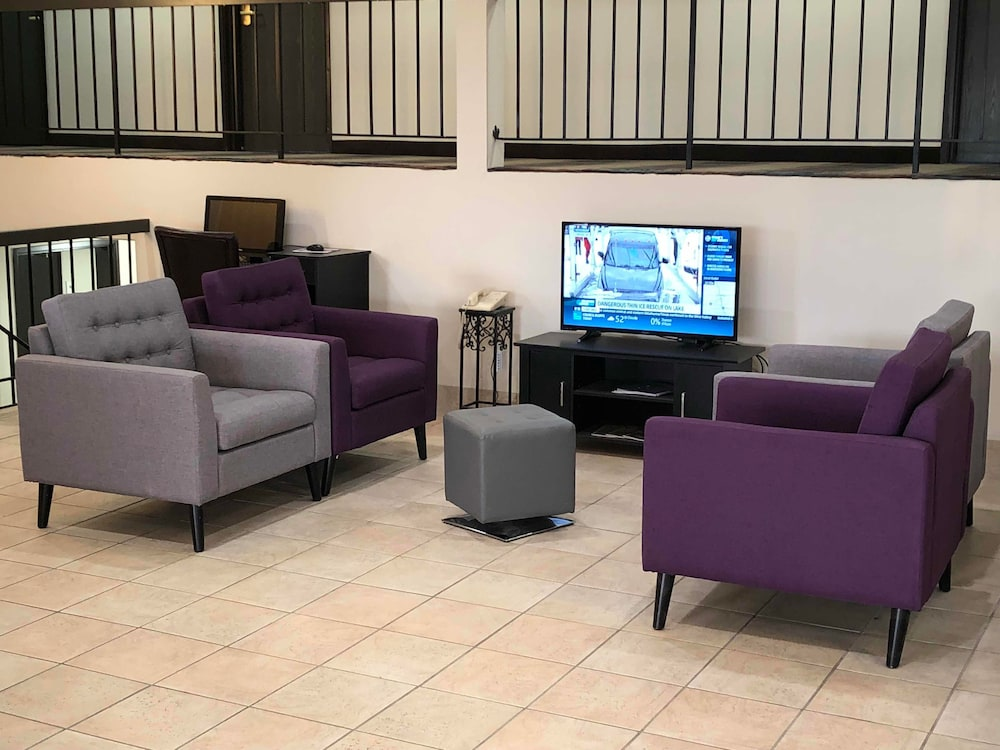 Lobby Sitting Area, Countryside Inn & Suites