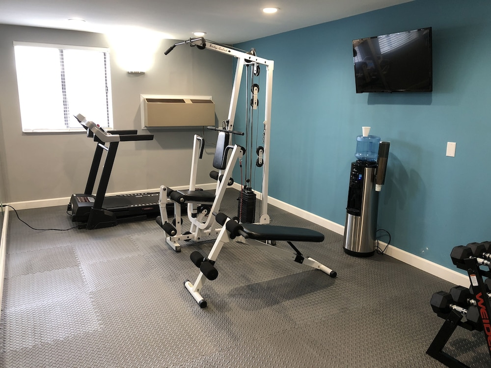 Gym, Countryside Inn & Suites