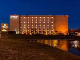 Embassy Suites Chicago - Schaumburg - Woodfield