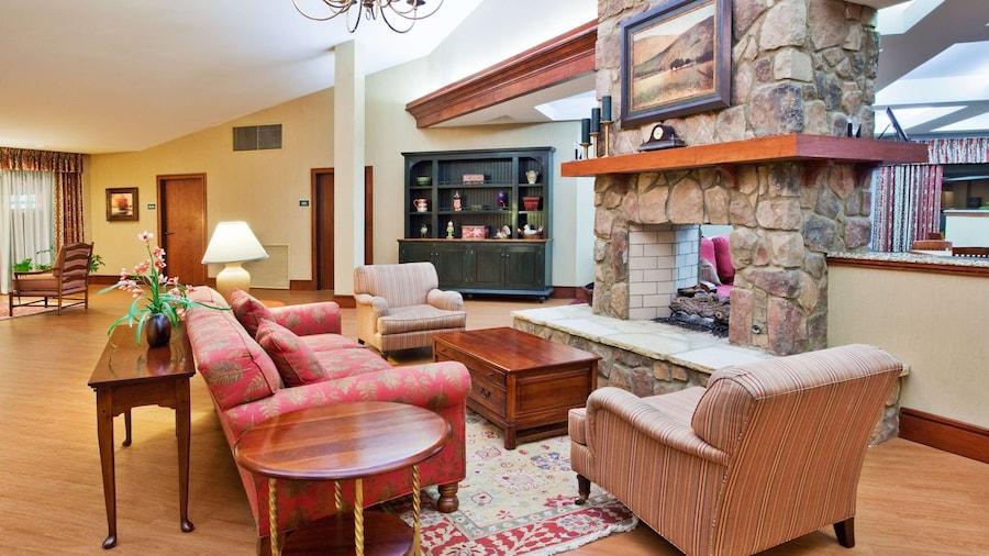 Country Inn & Suites by Radisson, Atlanta Galleria/Ballpark, GA
