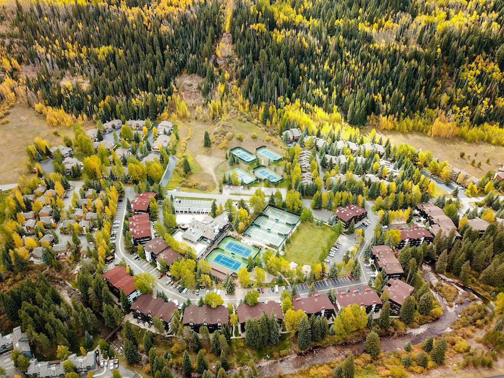 Aerial View, Vail Racquet Club Mountain Resort