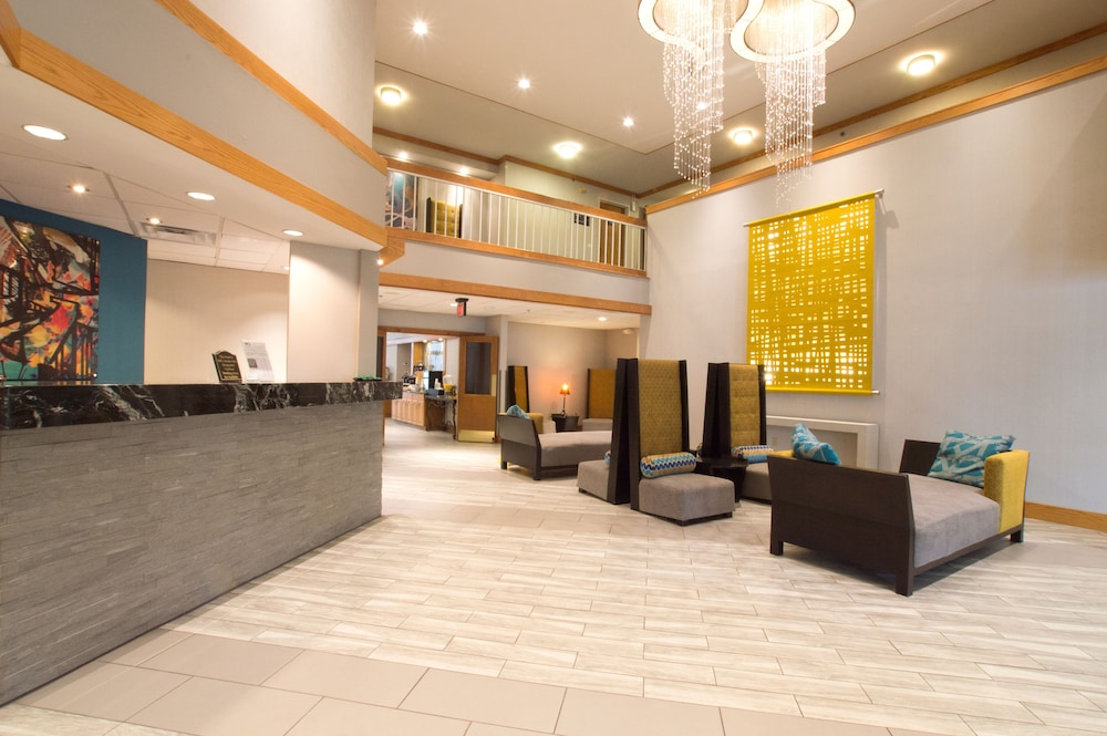 Lobby, Greenstay Hotel & Suites