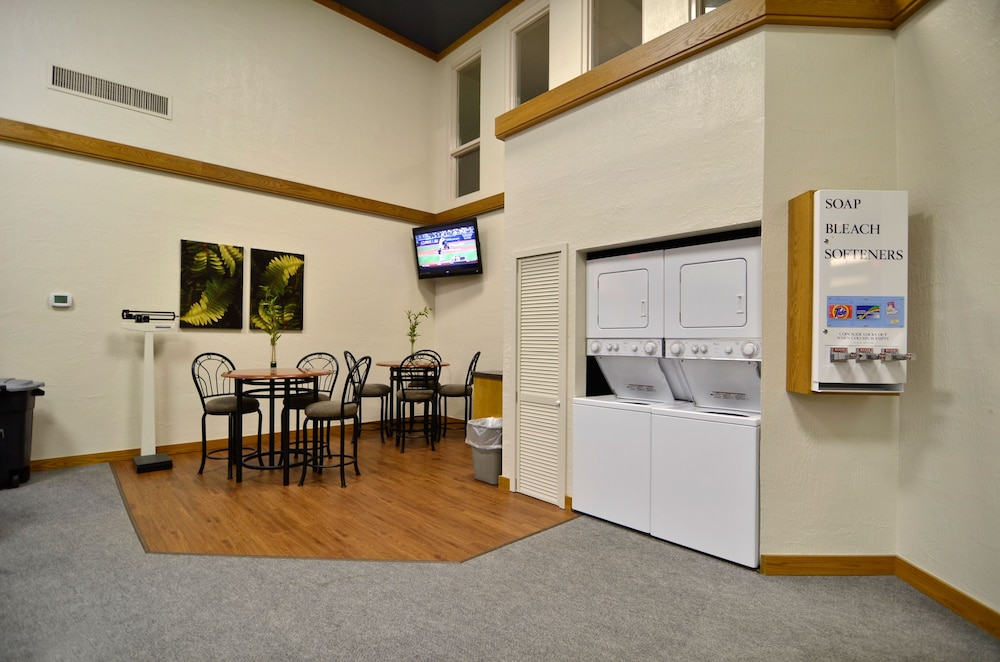 Laundry Room, Greenstay Hotel & Suites