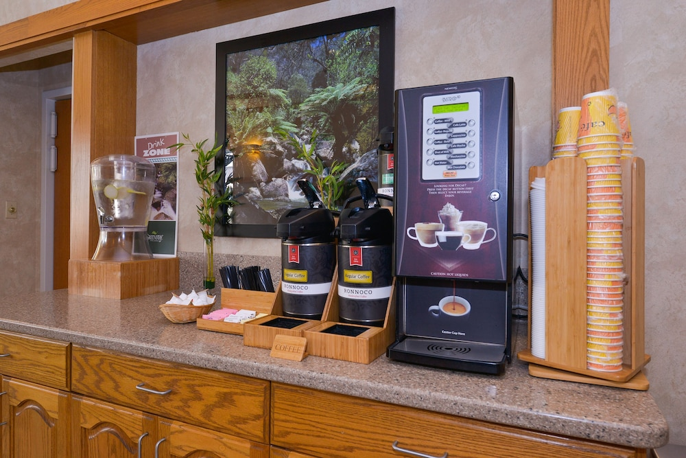Coffee Service, Greenstay Hotel & Suites