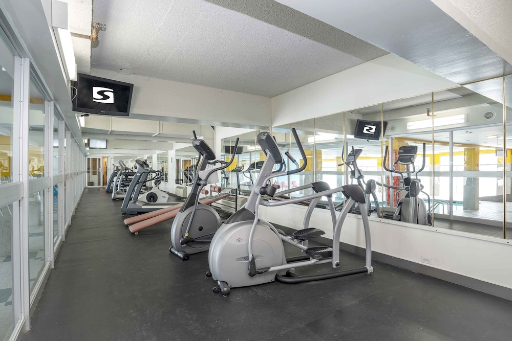 Fitness Facility, Sandman Hotel Montreal-Longueuil