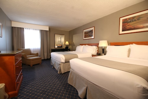 Travelodge by Wyndham Medicine Hat