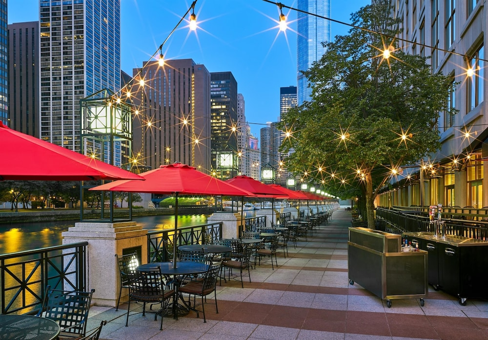 Book sheraton grand chicago chicago hotel deals for Chicago hotel packages