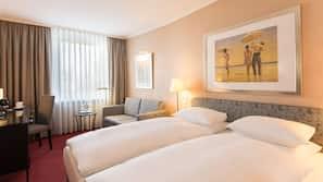 Hypo-allergenic bedding, minibar, in-room safe, blackout curtains