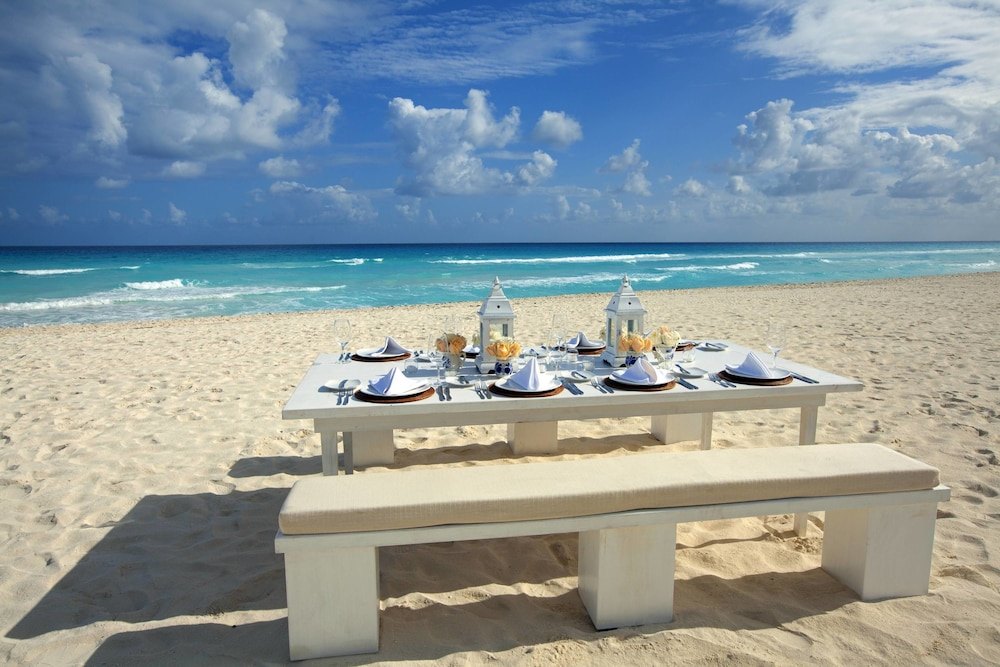 Outdoor Wedding Area, The Westin Lagunamar Ocean Resort Villas & Spa, Cancun